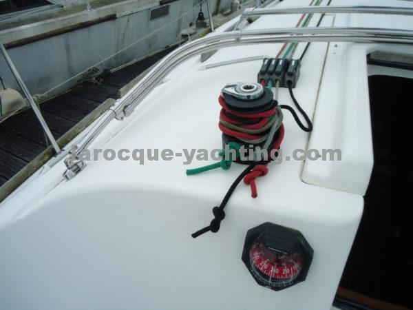 DUFOUR 325 Grand Large 9