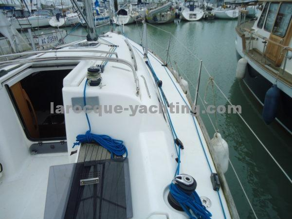 DUFOUR 325 Grand Large 14