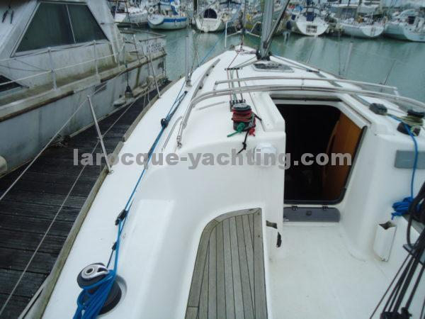 DUFOUR 325 Grand Large 15