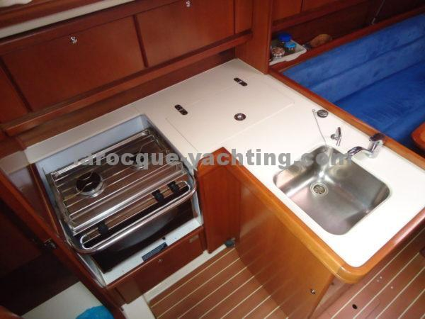 DUFOUR 325 Grand Large 23